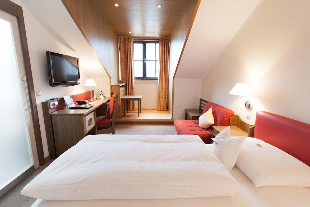 Hotel Hachinger Hof: 2018 Room Prices, Deals & Reviews | Expedia