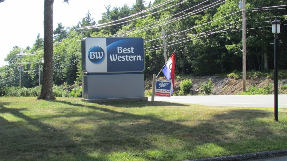 Front of Property - Evening/Night, Best Western Acadia Park Inn