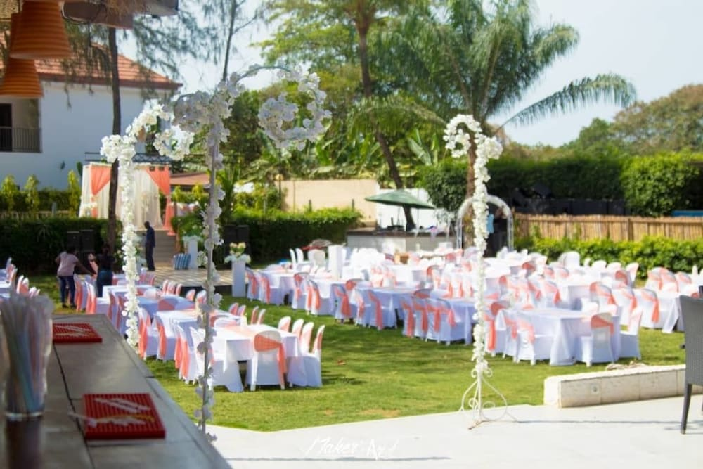 Outdoor Wedding Area, Riviera Taouyah Hotel