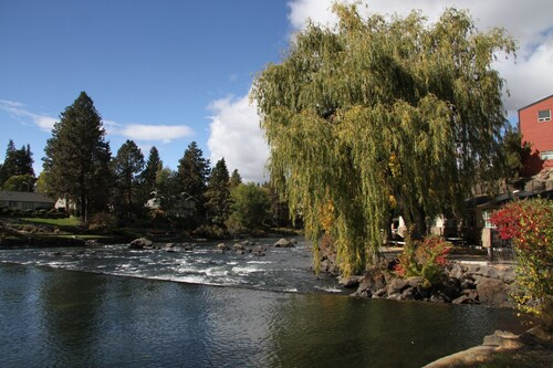 Check Expedia for Availability of Bend Riverside Inn & Suites