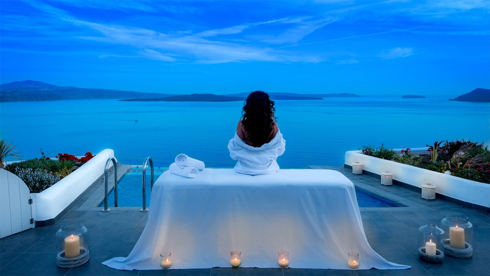 Massage, Santorini Secret Suites & Spa