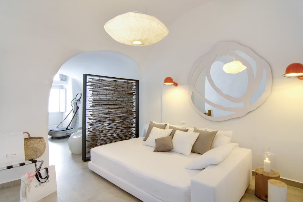 Room, Santorini Secret Suites & Spa