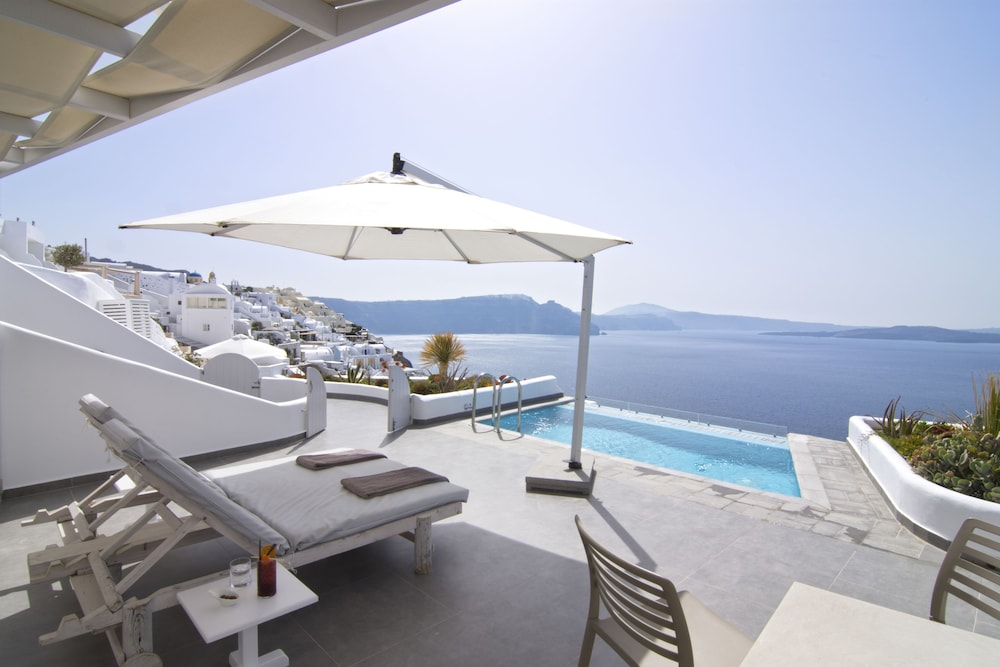 Featured Image, Santorini Secret Suites & Spa