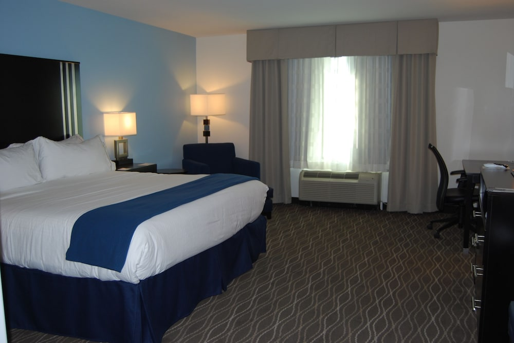 Room, Holiday Inn Express & Suites Springville-South Provo Area