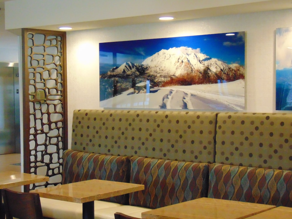 Breakfast Meal, Holiday Inn Express & Suites Springville-South Provo Area