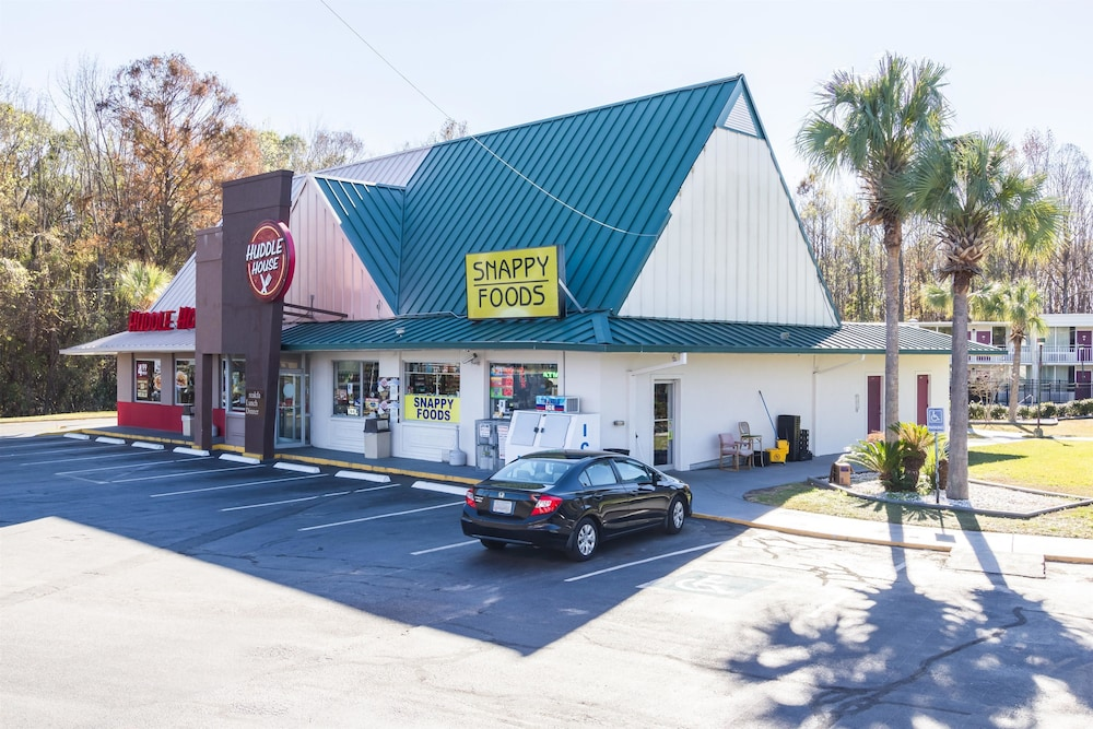 Motel  Townsend Ga