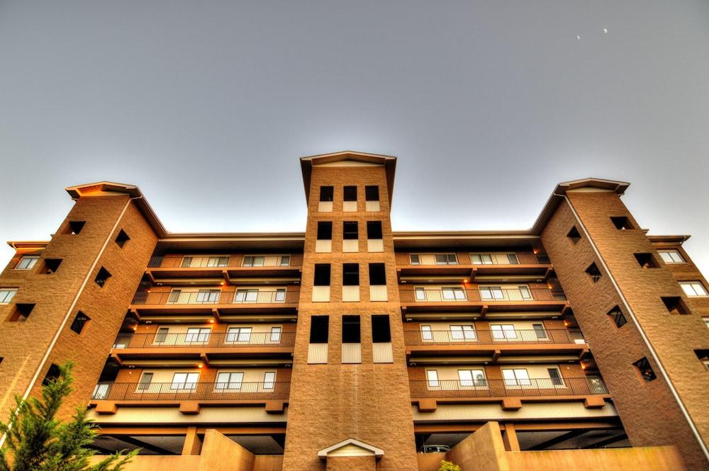 glades view condominiums by wyndham vacation rentals in gatlinburg