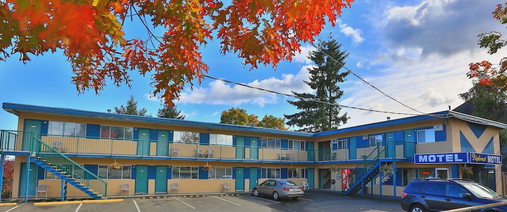 Featured Image, Diplomat Motel