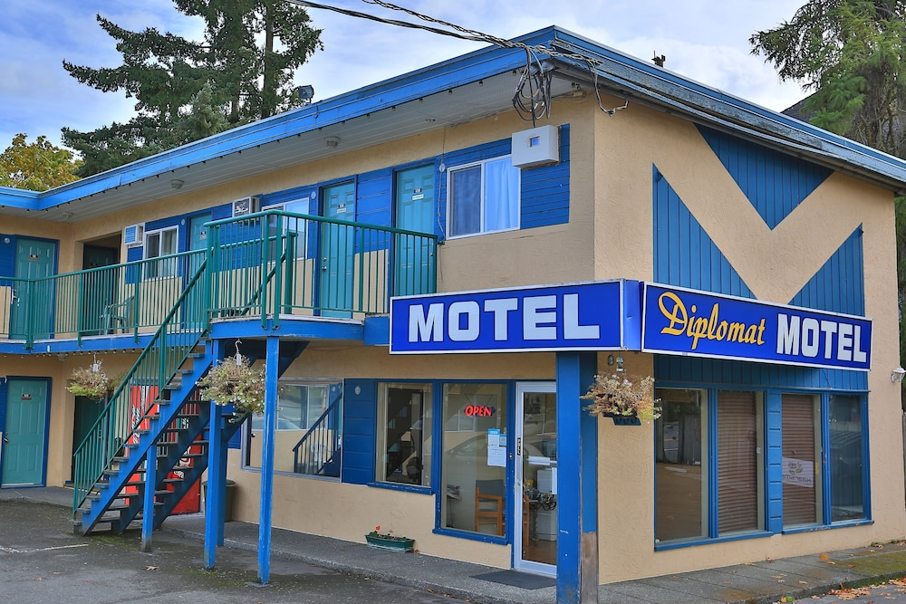 Front of Property, Diplomat Motel