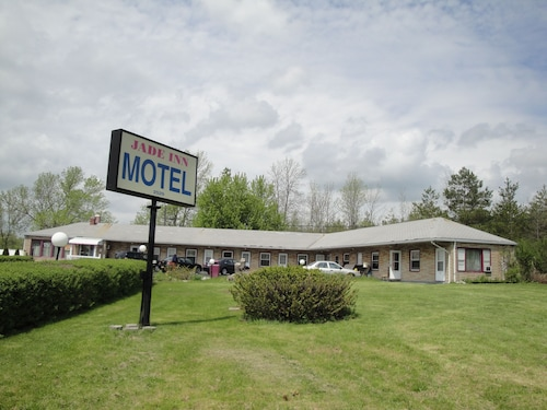 Jade Inn Motel