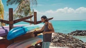 Beach nearby, white sand, snorkeling, kayaking