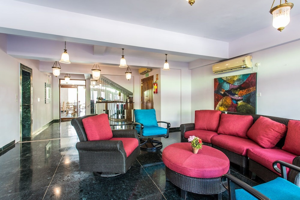 Lobby Sitting Area, Safira River Front Resort