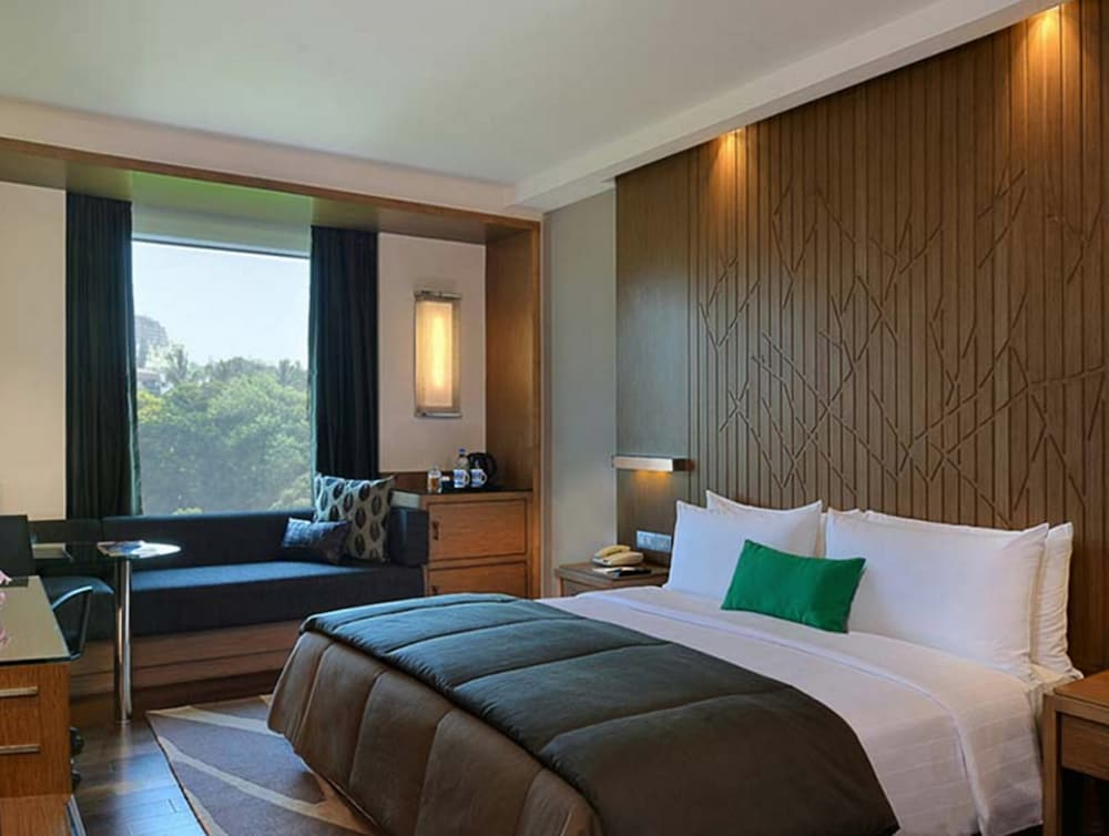 Room, WelcomHotel Bengaluru - Member ITCHotel Group