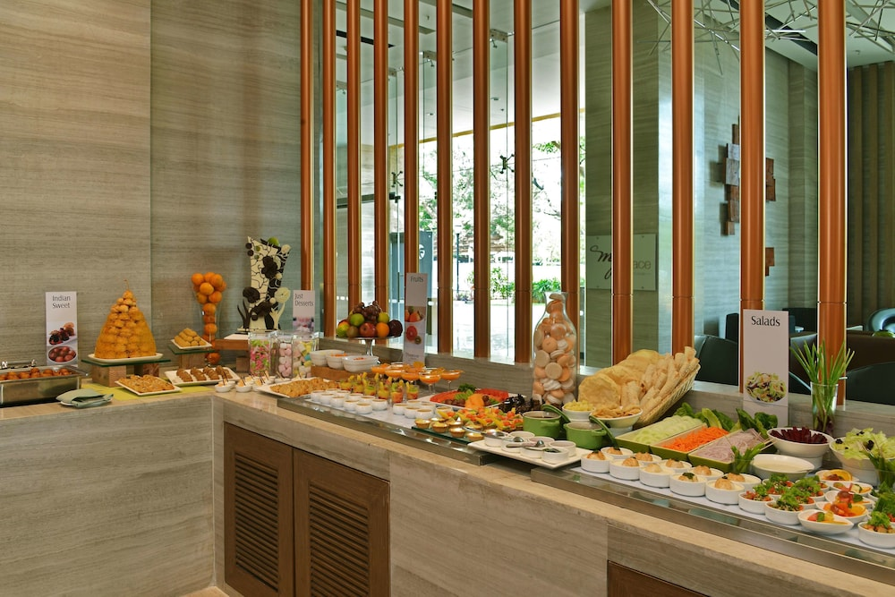 Breakfast buffet, WelcomHotel Bengaluru - Member ITCHotel Group