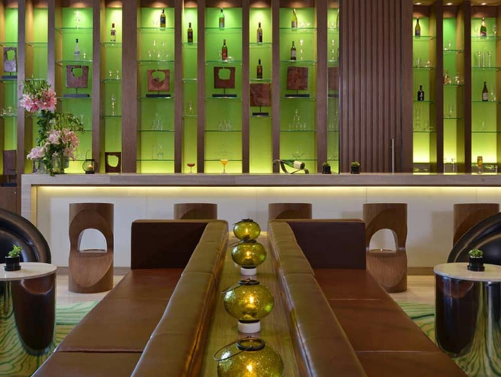 Dining, WelcomHotel Bengaluru - Member ITCHotel Group