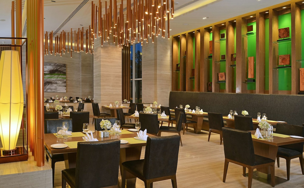 Restaurant, WelcomHotel Bengaluru - Member ITCHotel Group