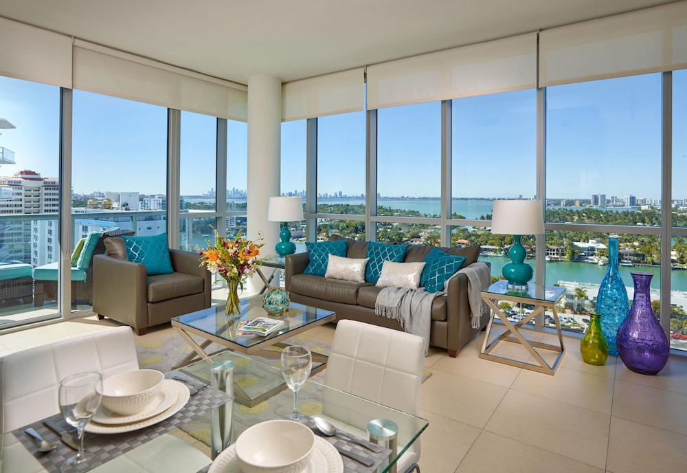 Churchill Suites Monte Carlo Miami Beach 4 0 Out Of 5 Water View Featured Image