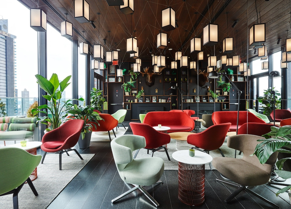 Featured Image, citizenM New York Times Square
