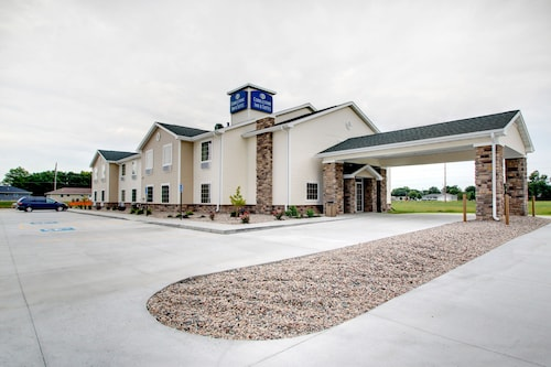 Check Expedia for Availability of Cobblestone Inn & Suites -- Schuyler, NE