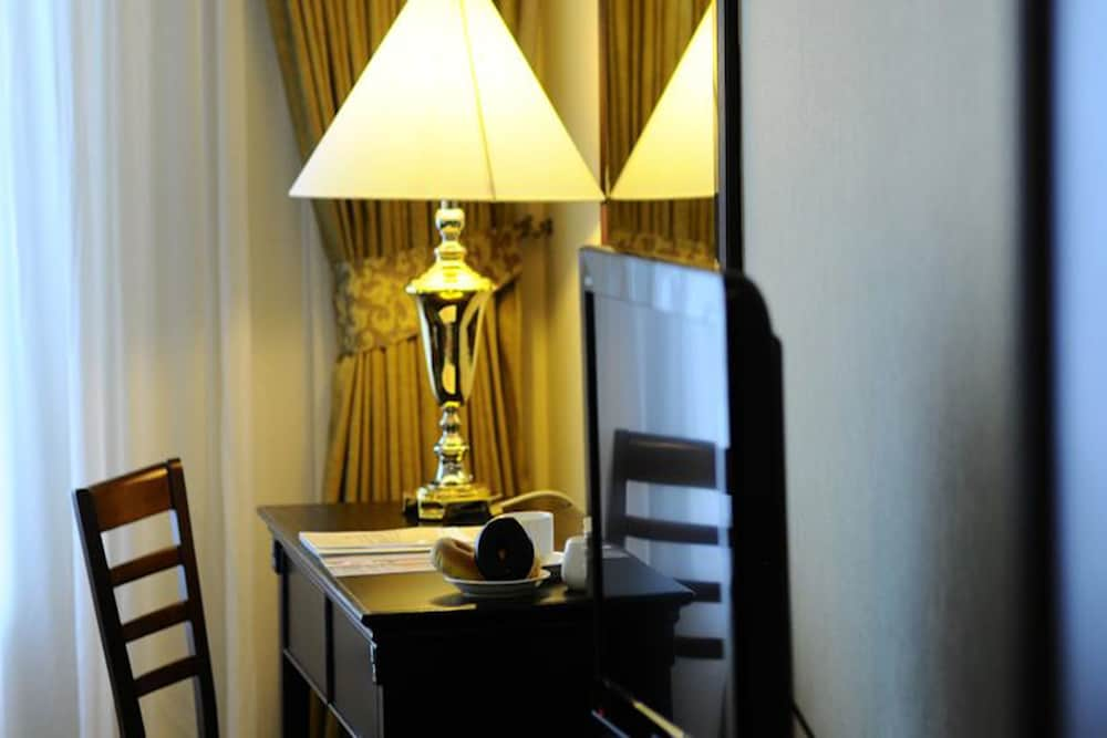 The Katerina Hotel Batu Pahat Mys Best Price Guarantee Lastminute