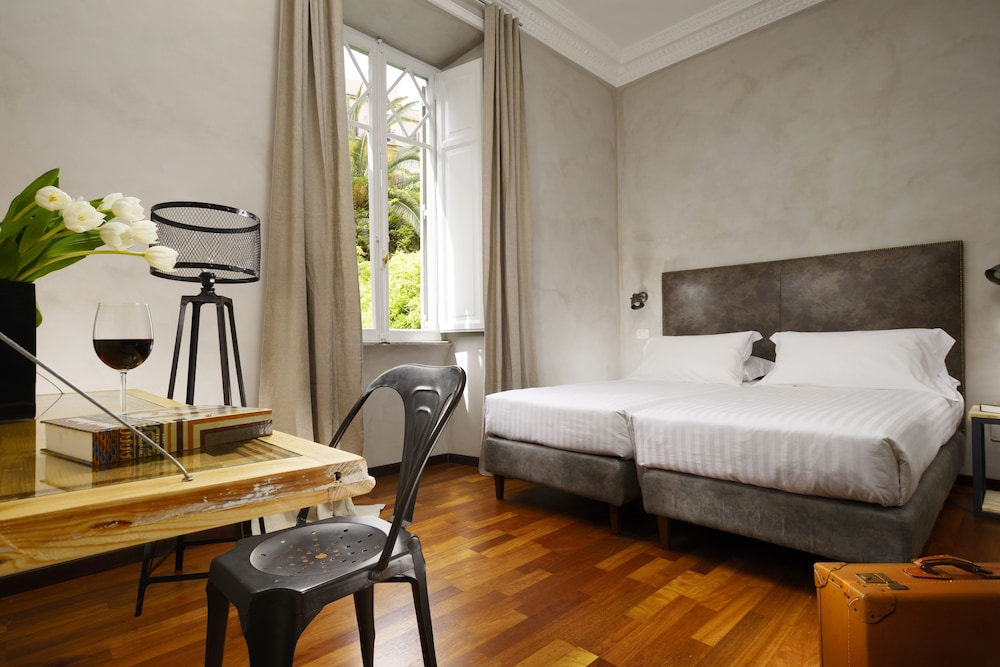 San pietro boutique rooms in rome hotel rates reviews for Hotel boutique rome
