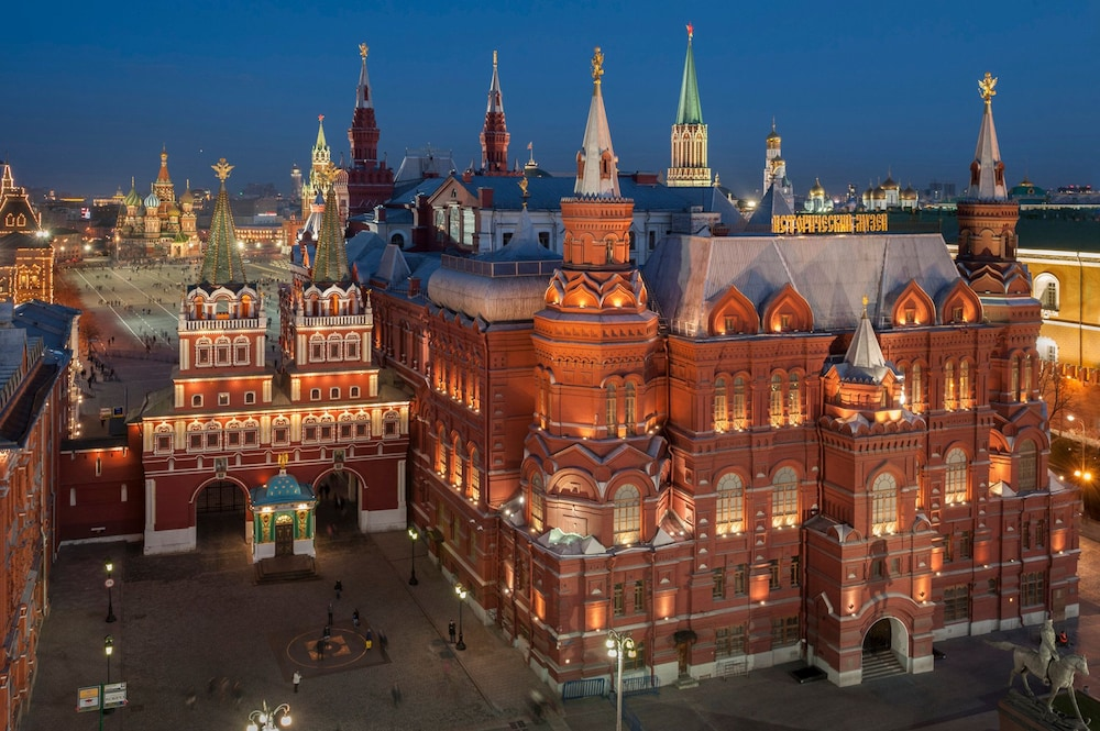 Point of Interest, Four Seasons Hotel Moscow