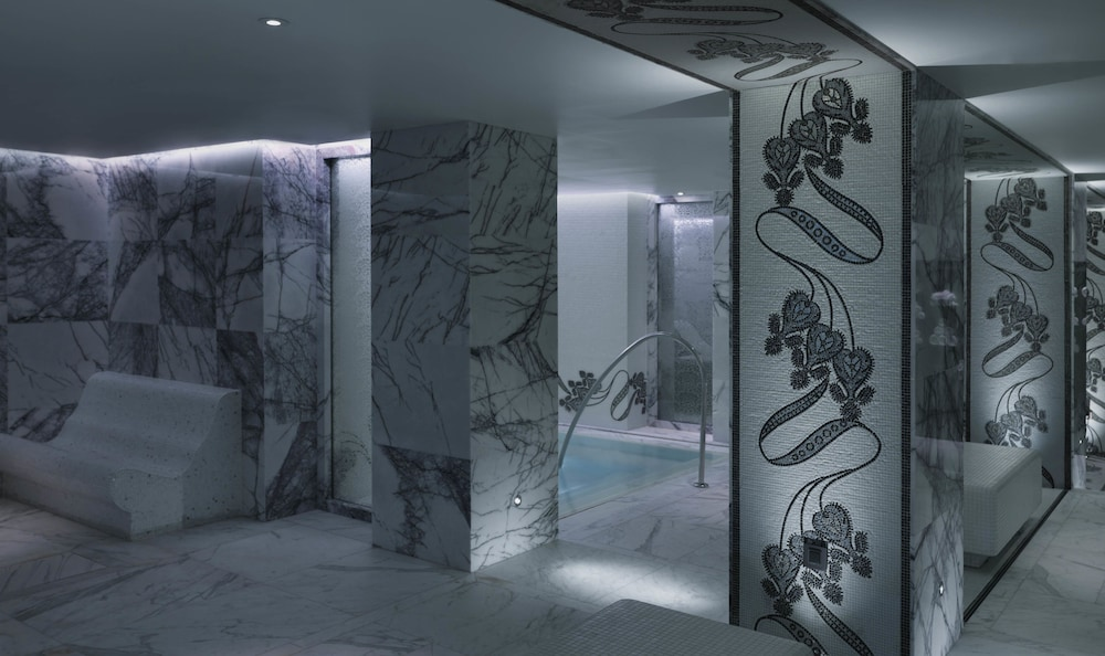 Steam Room, Four Seasons Hotel Moscow