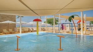 2 outdoor pools, open 7 AM to 7:30 PM, pool umbrellas
