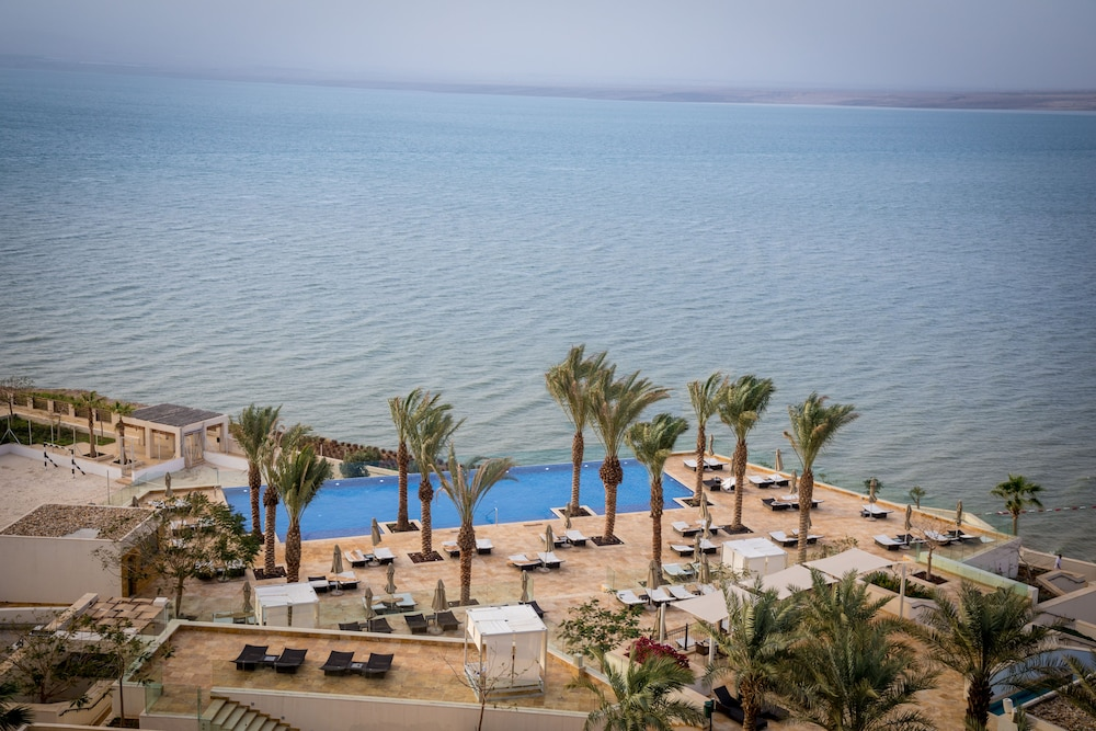 Infinity Pool, Hilton Dead Sea Resort & Spa