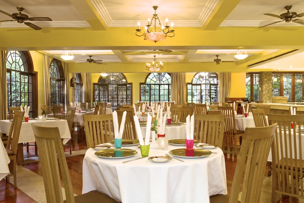 Restaurant, Fairview Hotel
