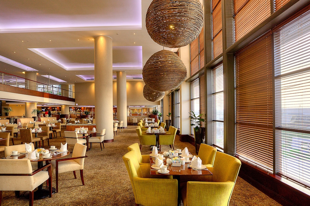 Breakfast Area, City Lodge Hotel at OR Tambo International Airport