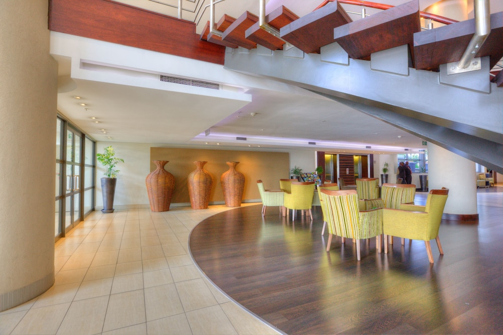 Executive Lounge, City Lodge Hotel at OR Tambo International Airport
