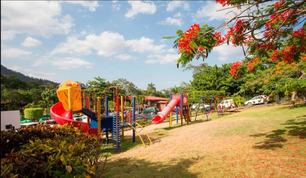 Children's Activities, Jarabacoa River Club