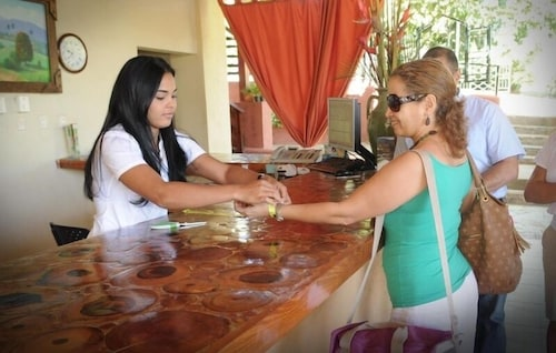 Reception, Jarabacoa River Club