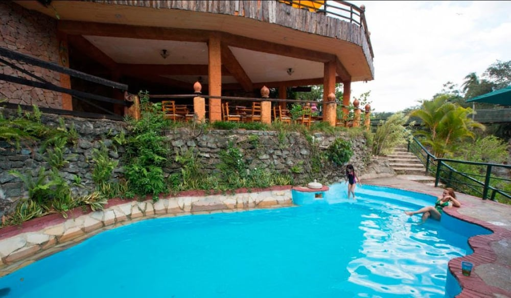Outdoor Pool, Jarabacoa River Club