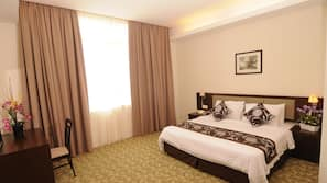 Minibar, rollaway beds, free WiFi, bed sheets