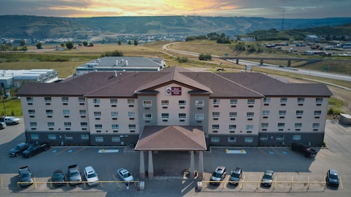Best Western Plus Peace River Hotel & Suites