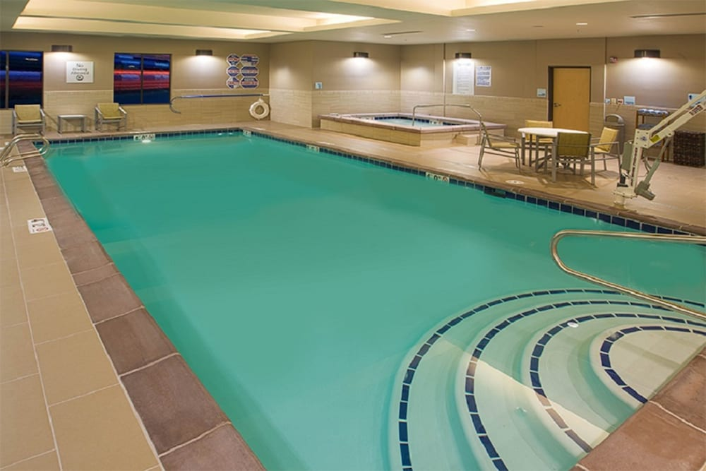 Pool, Holiday Inn Express & Suites Salt Lake City South - Murray, an IHG Hotel