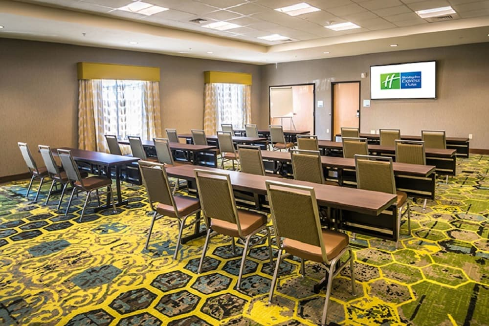 Meeting Facility, Holiday Inn Express & Suites Salt Lake City South - Murray, an IHG Hotel