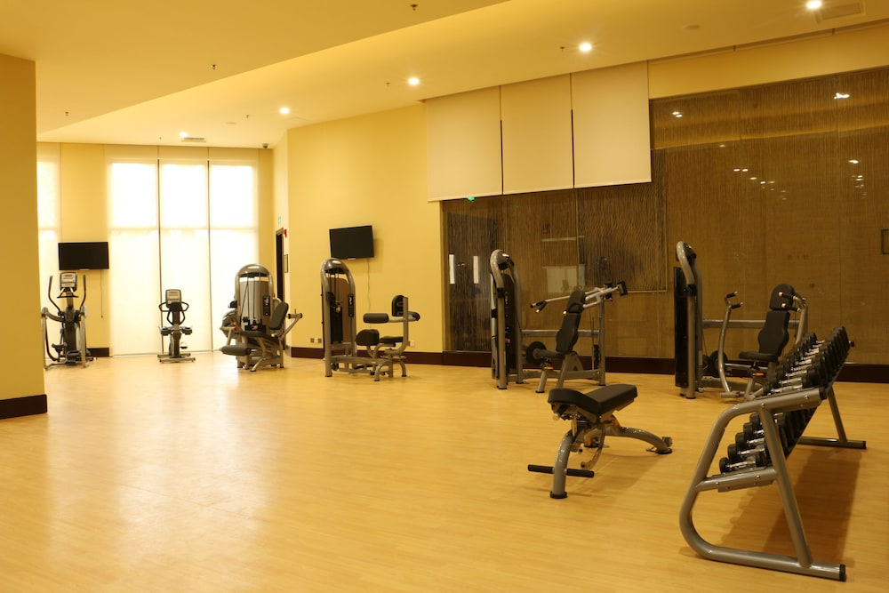Gym, Courtyard by Marriott Boluo