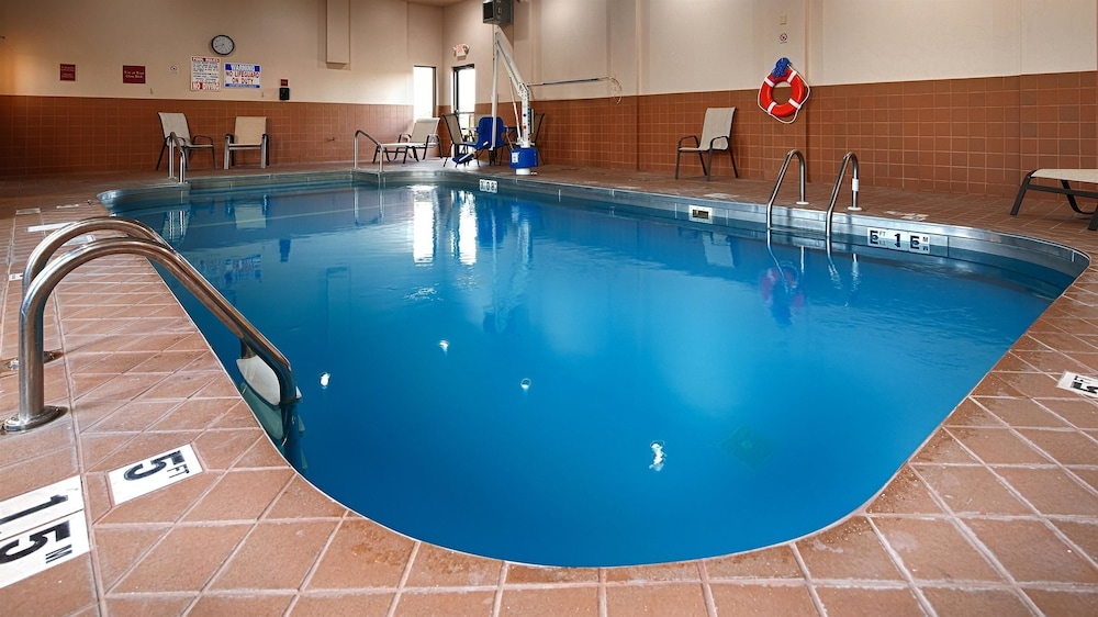Indoor Pool, Best Western Plus Sikeston