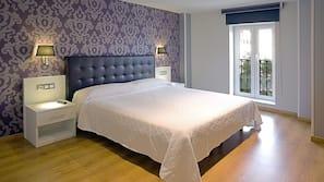 Ropa de cama de alta calidad, mobiliario individual, cortinas opacas