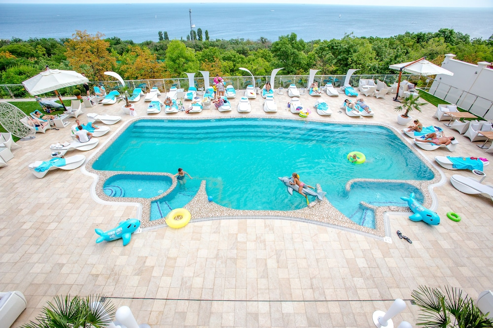 Outdoor Pool, Panorama De Luxe
