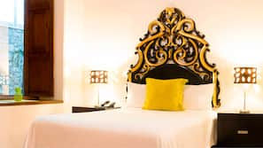 Caja fuerte, escritorio, tabla de planchar con plancha y wifi gratis