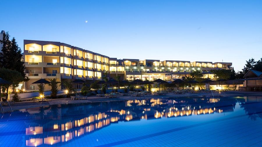 Sovereign Beach Hotel - All Inclusive