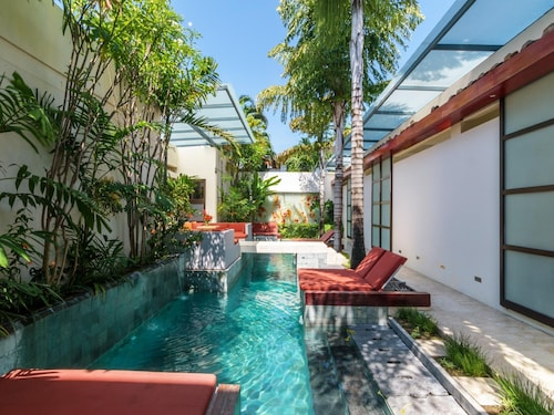 Bali Ginger Suites and Villa
