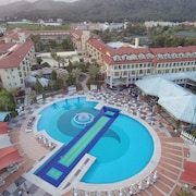 Queen's Park Le Jardin - All Inclusive