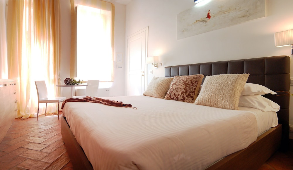 Navona luxury apartments rome ita for Hotel luxury navona