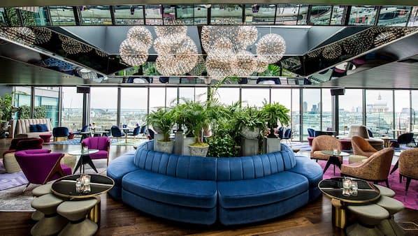 2 bar/lounge, bar panoramico, cocktail bar