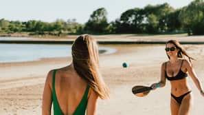 Spiaggia privata, windsurf, pallavolo, un bar sulla spiaggia